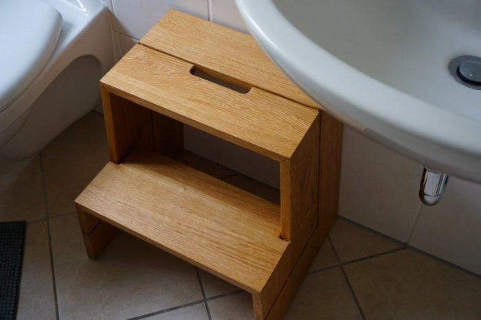 Tritthocker Badezimmer